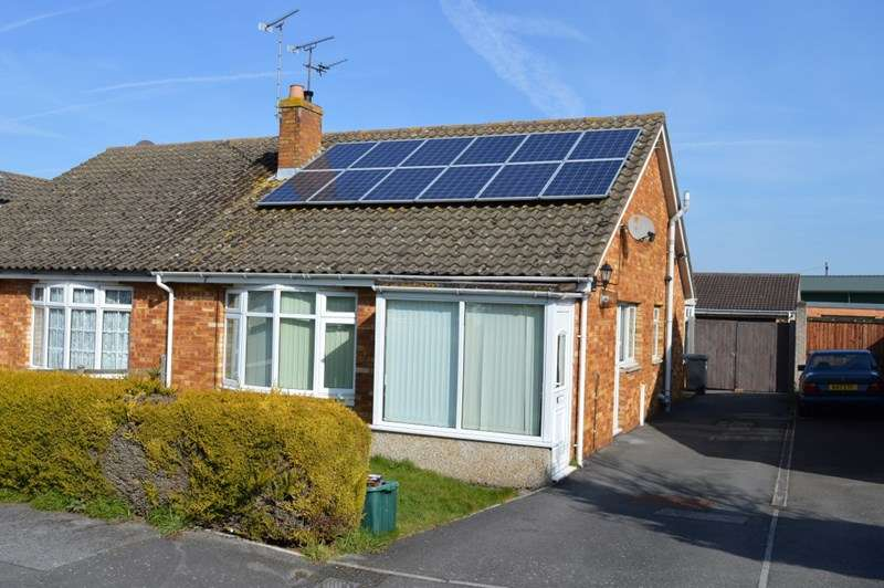 2 Bedrooms Semi Detached Bungalow for sale in Homefield, Locking, Weston-super-Mare