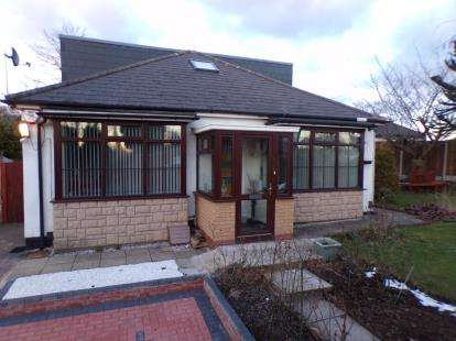 4 Bedrooms Bungalow for sale in Compton Road, Erdington, Birmingham, West Midlands