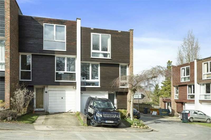 4 Bedrooms End Of Terrace House for sale in Devon Bank, Portsmouth Road, Guildford, Surrey