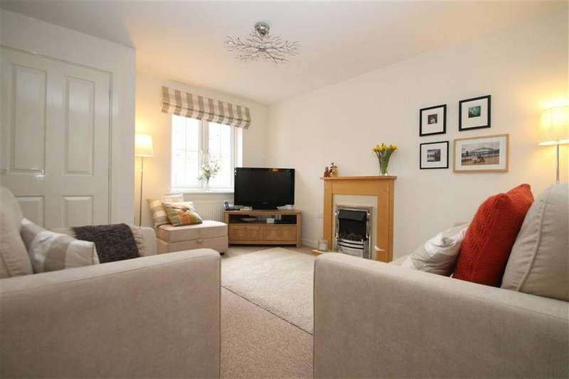 2 Bedrooms End Of Terrace House for sale in Tasker Square, Llanishen, Cardiff