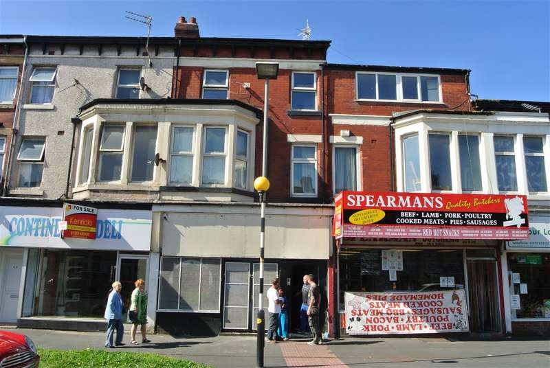 5 Bedrooms Flat for sale in Central Drive, Blackpool