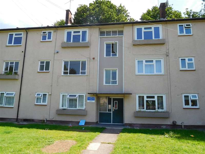2 Bedrooms Apartment Flat for sale in Roding Close, Bettws