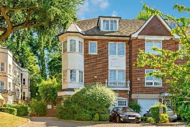 4 Bedrooms Unique Property for sale in Cholmeley Park, Highgate, N6