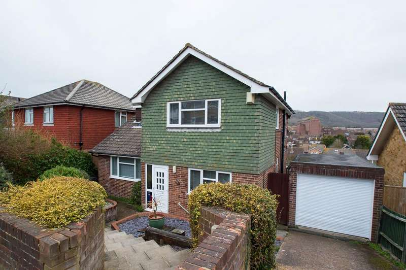 3 Bedrooms Detached House for sale in Cobbold Avenue, Eastbourne