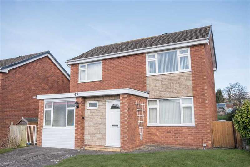4 Bedrooms Detached House for sale in Erw Goch, Ruthin
