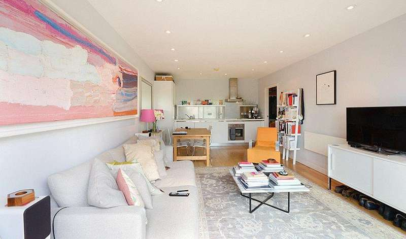 2 Bedrooms Flat for sale in Steedman Street, London, SE17