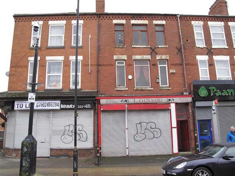 4 Bedrooms Terraced House for sale in Ayres Road, Manchester