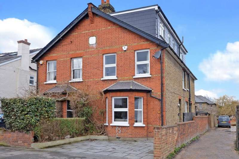 4 Bedrooms Semi Detached House for sale in Worthington Road, Surbiton, KT6