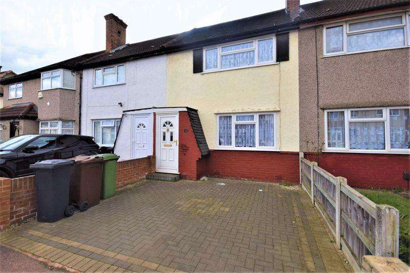 2 Bedrooms Terraced House for sale in Orchard Road, Dagenham