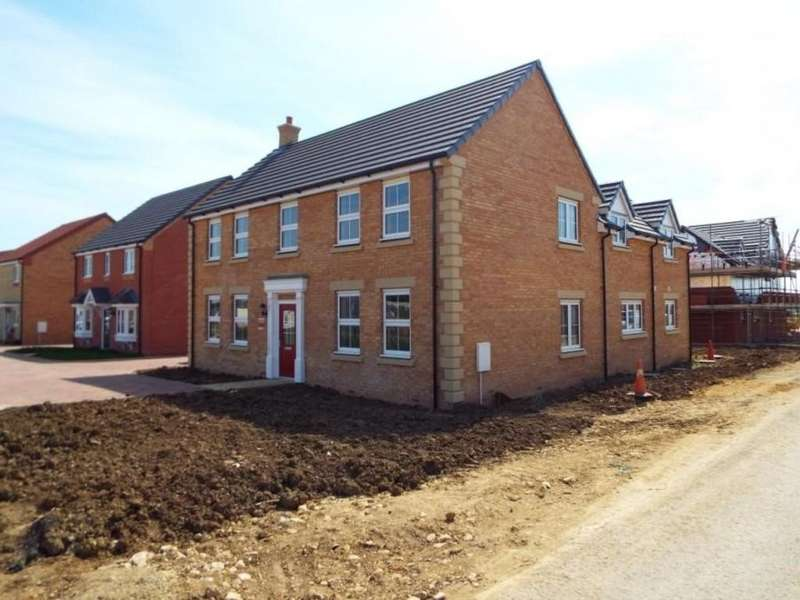 5 Bedrooms Detached House for sale in Wimblington Road, Doddington, March