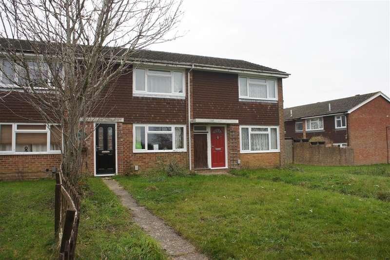 2 Bedrooms Terraced House for rent in Mcdonalds Road, Farnham