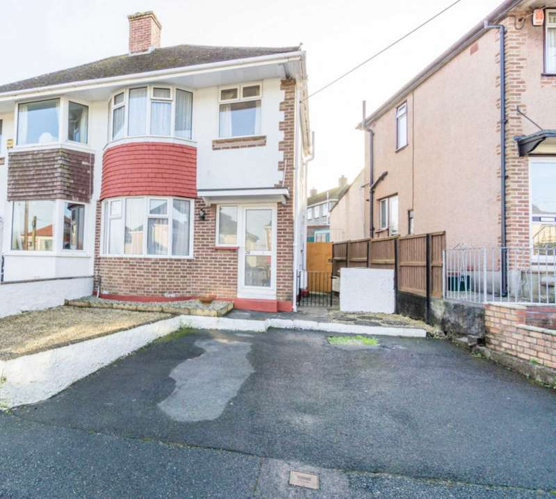 3 Bedrooms Semi Detached House for sale in Valiant Avenue, Plymouth, PL5 2NX