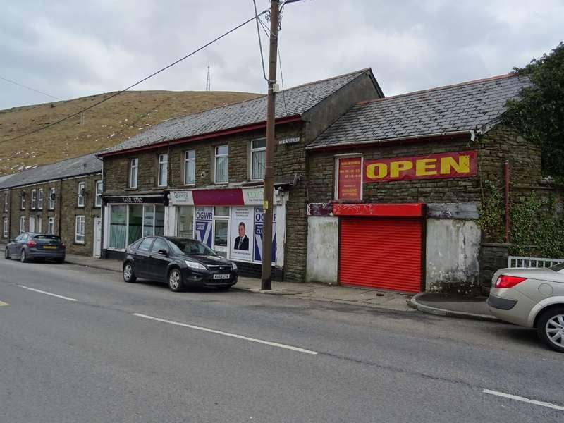 4 Bedrooms Commercial Property for sale in Bridge Street, Ogmore Vale, Bridgend, CF32 7AL