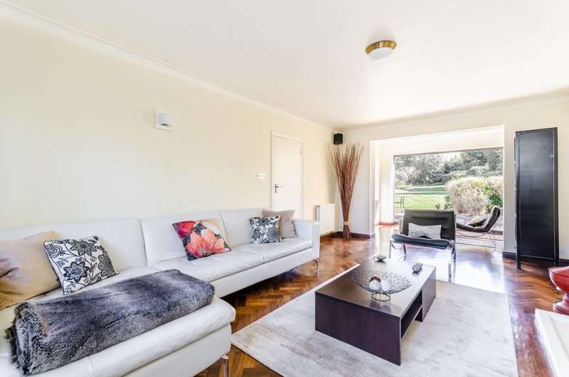 3 Bedrooms House for sale in Sandford Road, Bromley, BR2