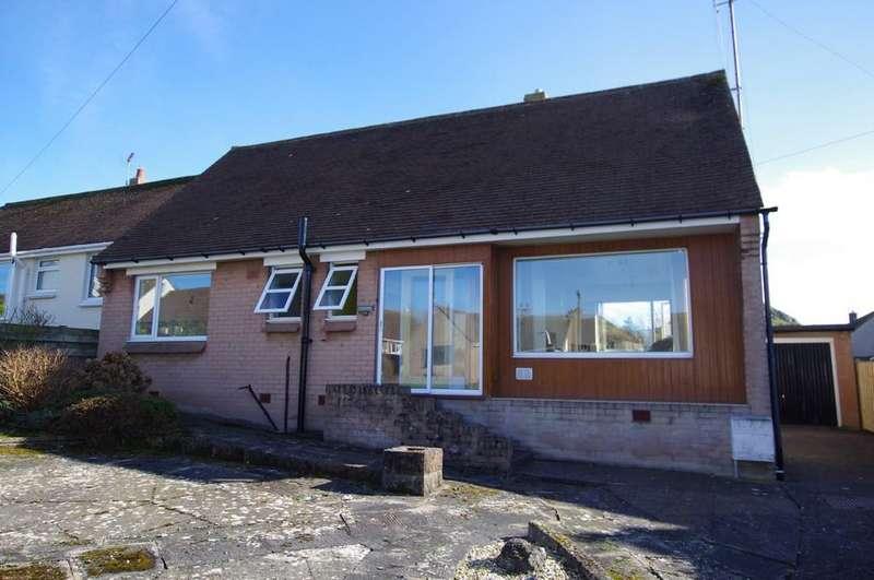 2 Bedrooms Detached Bungalow for sale in Rockfield Drive, Llandudno