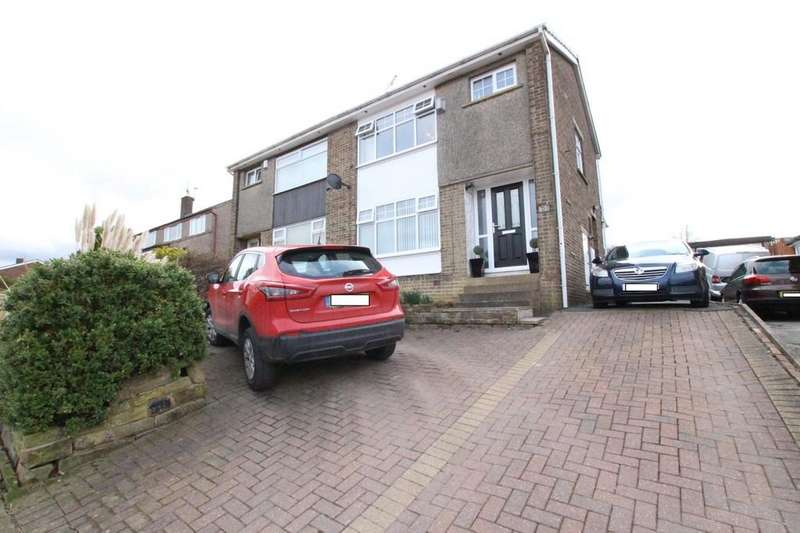 3 Bedrooms Semi Detached House for sale in Denbrook Avenue, Bradford