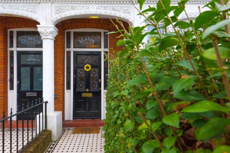 4 Bedrooms Terraced House for sale in Chevening Road, London, NW6