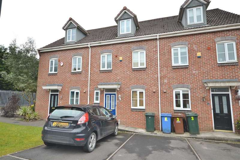 3 Bedrooms Town House for sale in Woodchat Court, Gillibrand South, Chorley