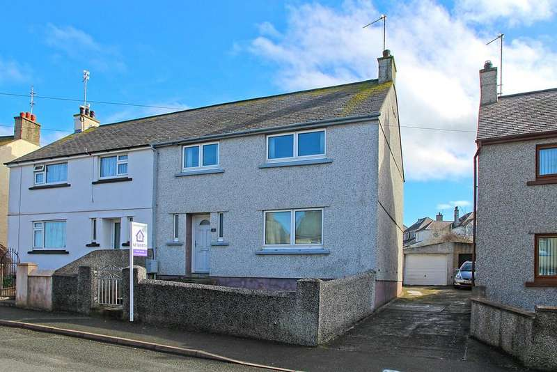3 Bedrooms Semi Detached House for sale in Gwelfor Avenue, Holyhead, North Wales