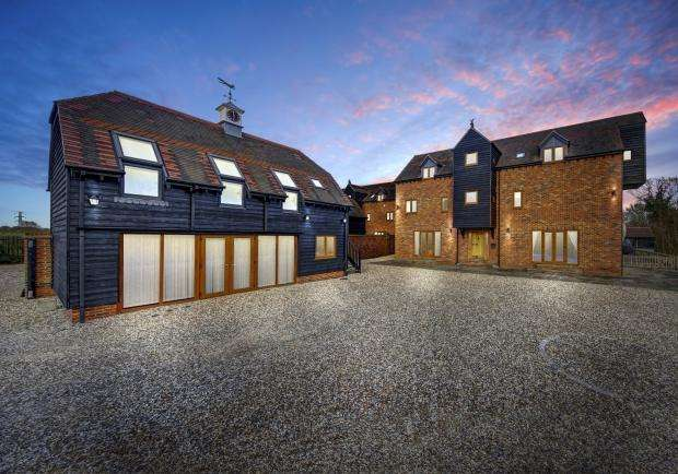 5 Bedrooms Detached House for sale in Brooklyn Mill Milton Road, Drayton, Abingdon, OX14