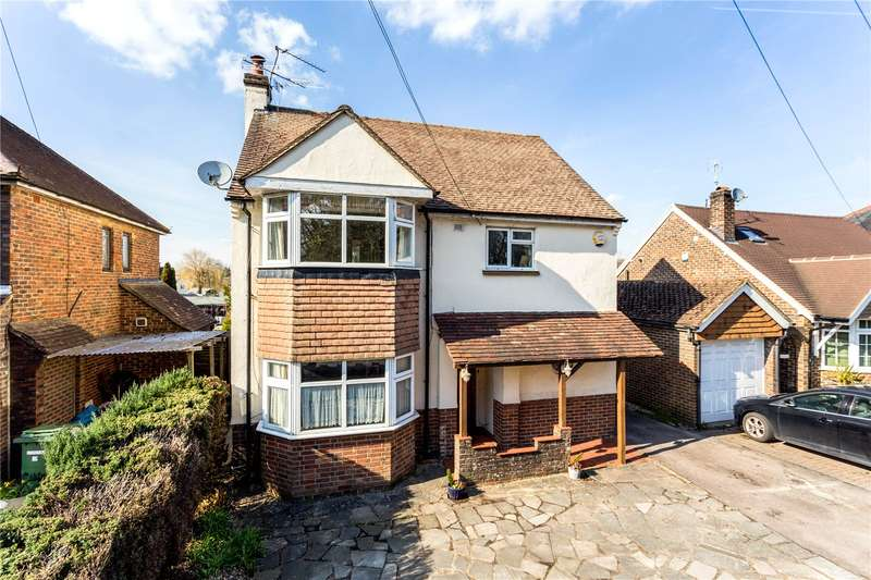 3 Bedrooms Detached House for sale in Povey Cross Road, Horley, Surrey, RH6