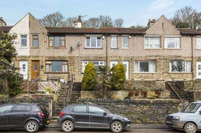 3 Bedrooms Terraced House for sale in Park Terrace, Stump Cross, Halifax, West Yorkshire