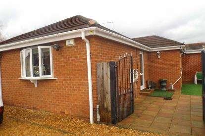 3 Bedrooms Bungalow for sale in Fulbridge Road, Peterborough, Cambridgeshire