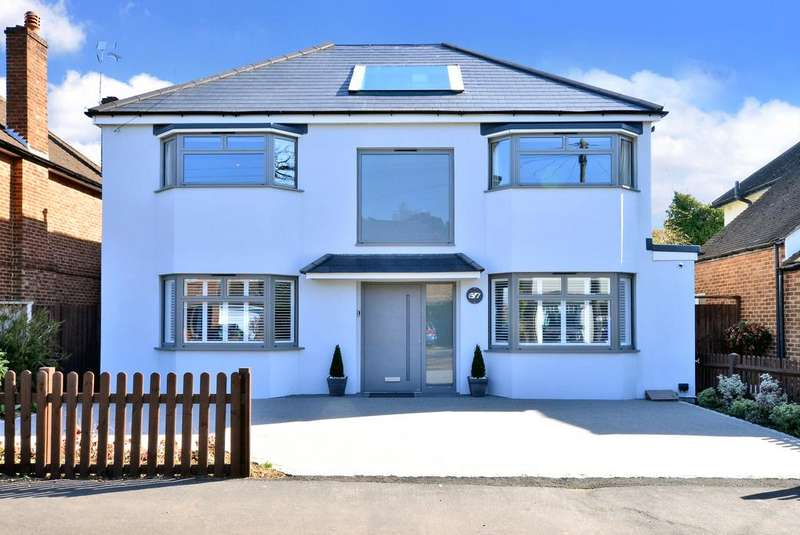 4 Bedrooms Detached House for sale in Basingfield Road, Thames Ditton, KT7