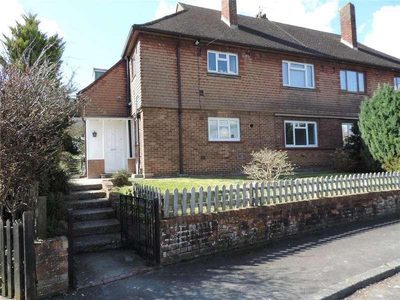 2 Bedrooms Maisonette Flat for sale in Charltons Way, Tunbridge Wells, Kent, TN4