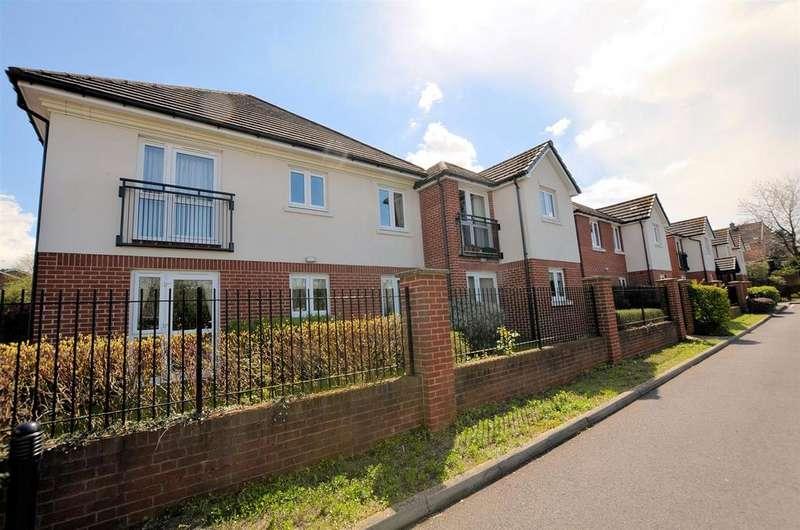 1 Bedroom Retirement Property for sale in Sheppard Court, Tilehurst, Reading