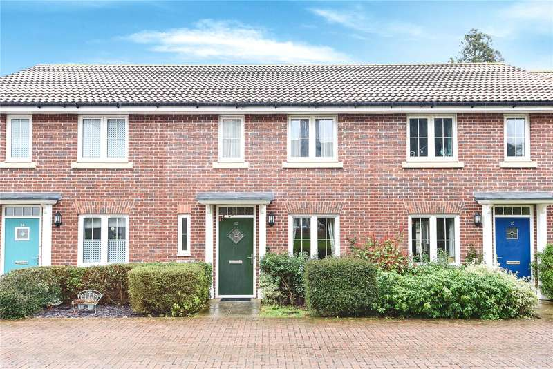 3 Bedrooms Terraced House for sale in Gloucester Court, Croxley Green, Rickmansworth, Hertfordshire, WD3