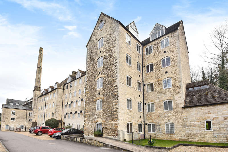 2 Bedrooms Flat for sale in Dunkirk Mills, Inchbrook