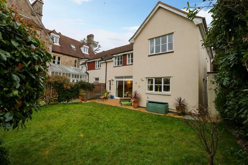 5 Bedrooms Semi Detached House for sale in Newton Road, Bovey Tracey