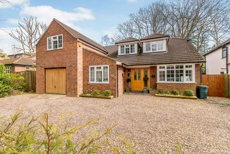 5 Bedrooms Detached House for sale in West Byfleet