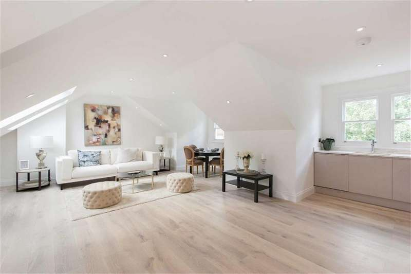 2 Bedrooms Flat for sale in Avenue Gardens, London