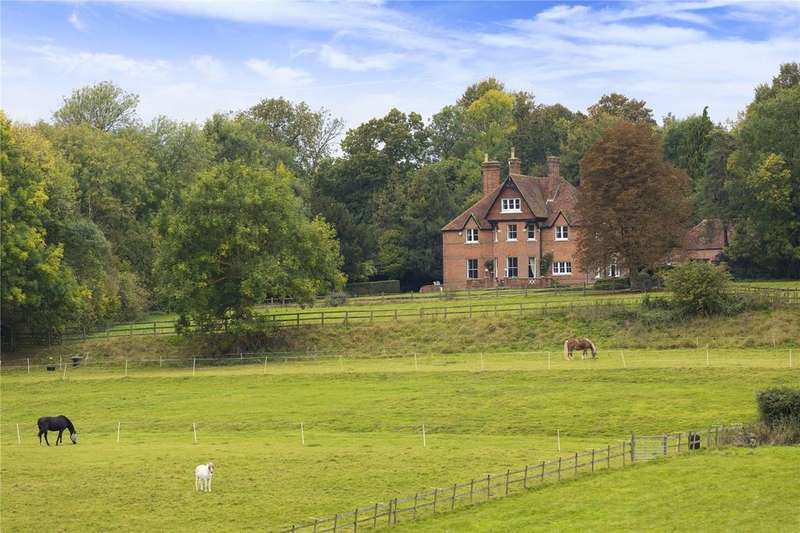 6 Bedrooms Farm Commercial for sale in Throwley Road, Throwley, Faversham, Kent
