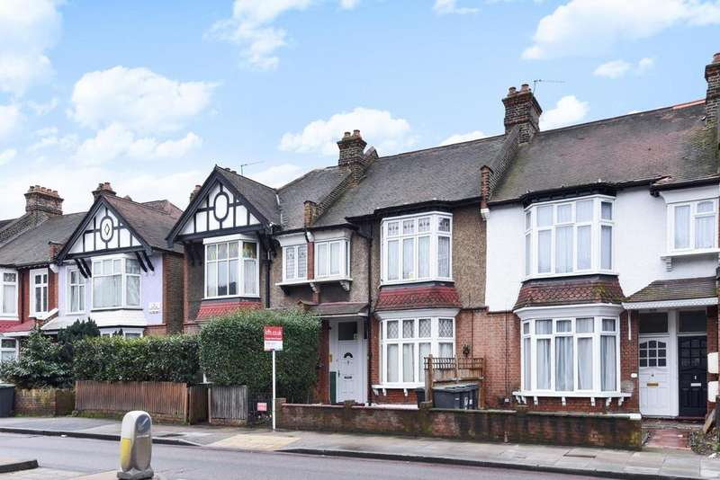 3 Bedrooms Flat for sale in Brownhill Road, Catford