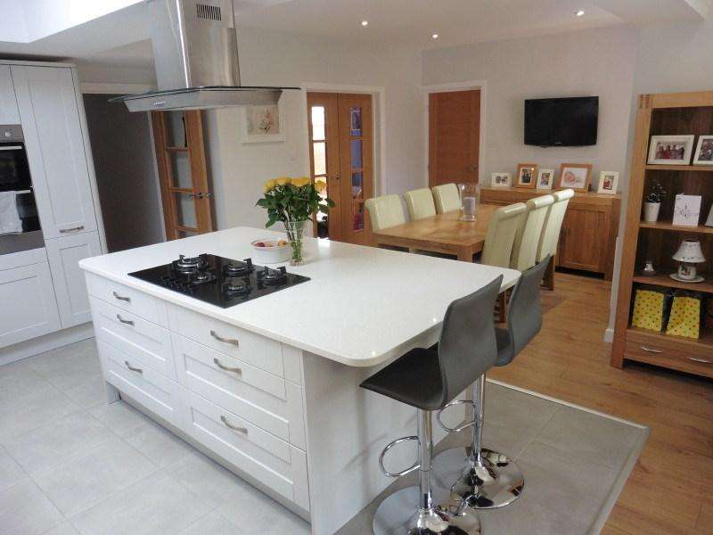 4 Bedrooms Detached House for sale in Coombe Avenue, Ensbury Park, Bournemouth