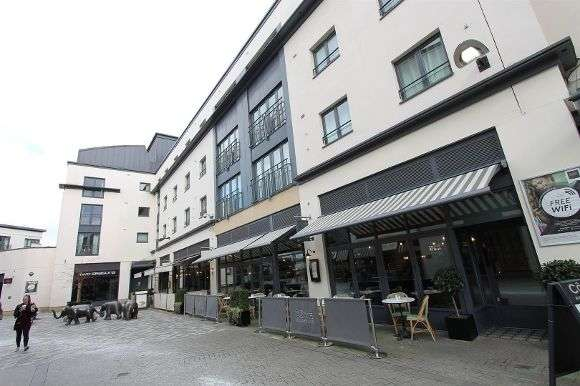 2 Bedrooms Flat for sale in Augusta House, Livery Street, 14 Livery Street, Leamington Spa