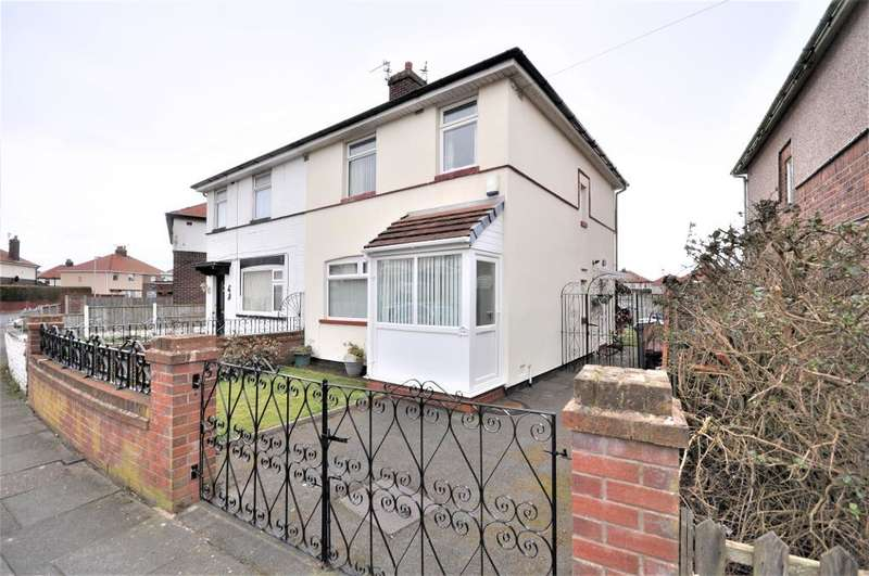 3 Bedrooms Semi Detached House for sale in Kingsmede, South Shore, Blackpool, Lancashire, FY4 3NW