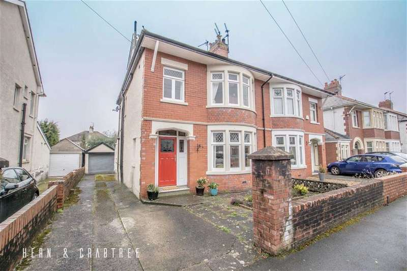 4 Bedrooms Semi Detached House for sale in Bishops Walk, Llandaff, Cardiff