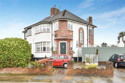 3 Bedrooms Semi Detached House for sale in Domonic Drive, London