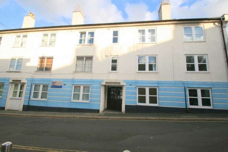 2 Bedrooms Flat for sale in Hoegate Street, Plymouth