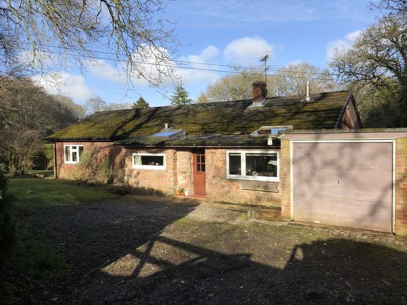 3 Bedrooms Detached Bungalow for sale in West Hill