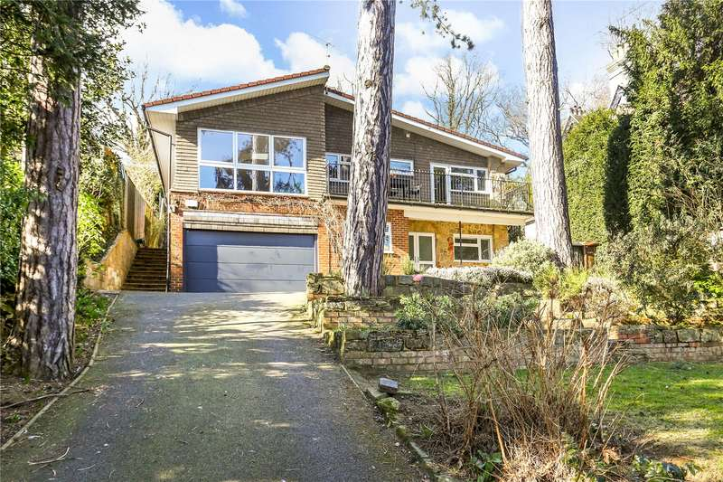 4 Bedrooms Detached House for sale in Shadyhanger, Godalming, Surrey, GU7