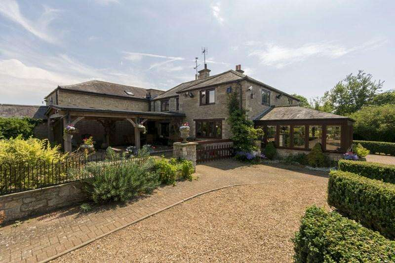 4 Bedrooms Village House for sale in Lilford, Nr Oundle, PE8