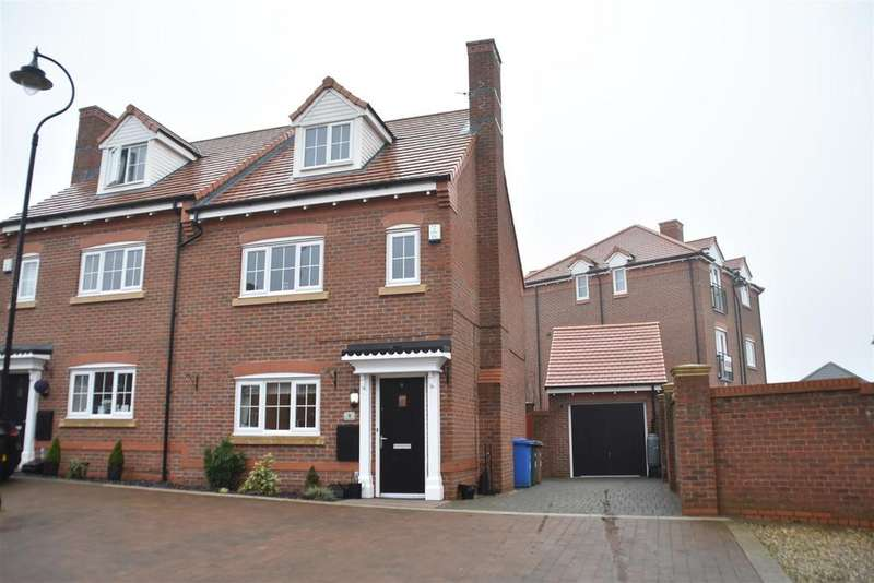 4 Bedrooms Semi Detached House for sale in Bradford Avenue, Chorley