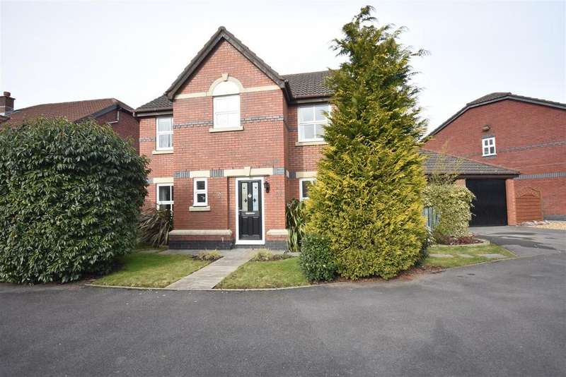 4 Bedrooms Detached House for sale in Cricketers Green, Eccleston, Chorley