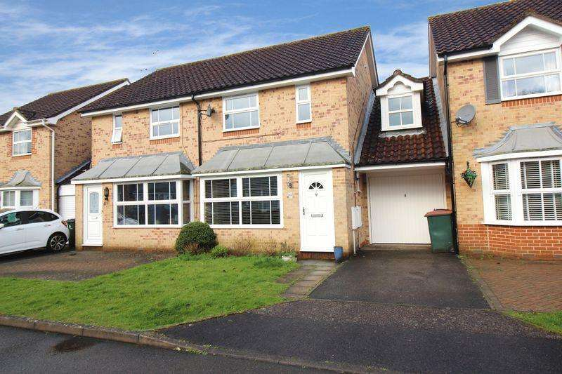3 Bedrooms Semi Detached House for sale in Franklin Road, Maidenbower