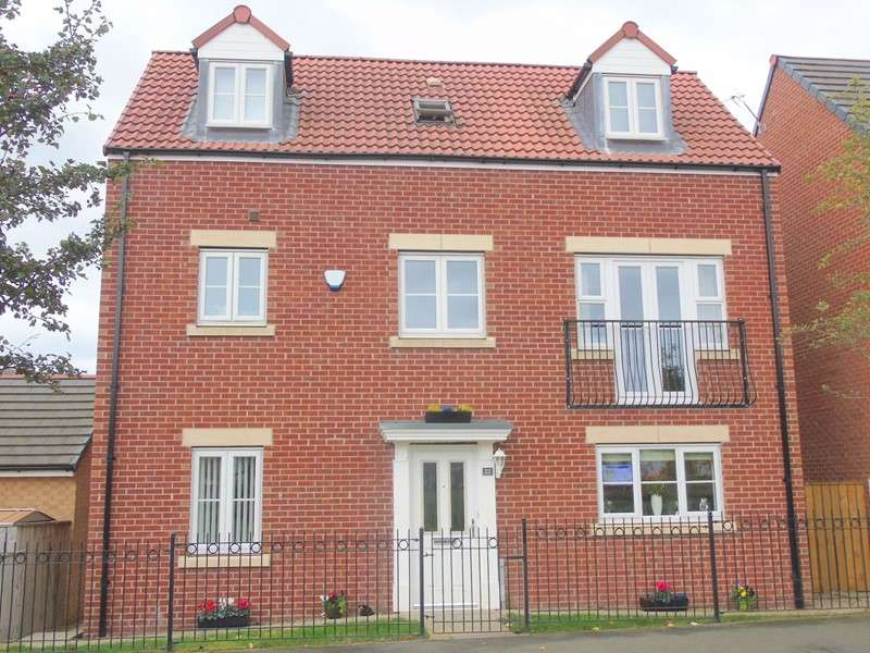 4 Bedrooms Property for sale in Ashmore Gardens, Stockton, Stockton-on-Tees, Cleveland , TS18 3BZ